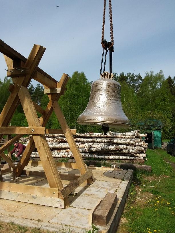 Храм восстанавливал Леонов